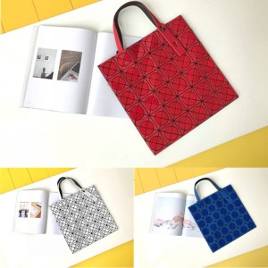 ISSEY MIYAKE new round 6 grid single shoulder handbag