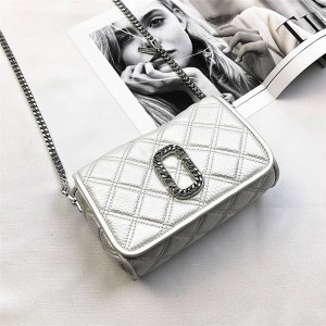 Marc Jacobs MJ Bag The Round Crossbody Diamond Camera Bag