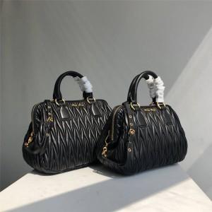 MiuMiu official website pleated sheepskin handbag RL0059/RL0061