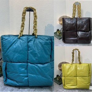 Bottega Veneta BV Large THE CHAIN Tote Bag 631257
