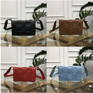 BOTTEGA VENETA BV official website large woven CASSETTE handbag 578004