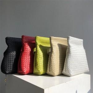 Bottega Veneta BV official website THE FOLD handbag messenger bag 642637