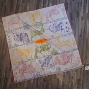 Hermes official website new ladies silk scarf printing 90 cm scarf