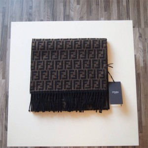 Fendi Presbyopia Logo Fringed Scarf New FF Wool Shawl