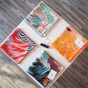 Hermes official website zebra silk print 90 cm square scarf