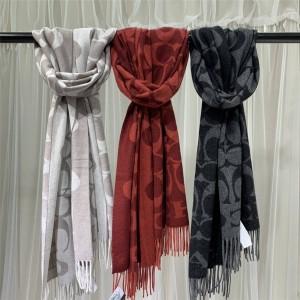 COACH new ladies classic big C Logo wool scarf shawl F76384