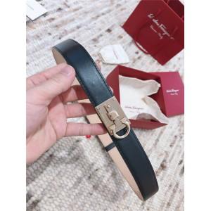 Ferragamo official website ladies new leather STUDIO belt
