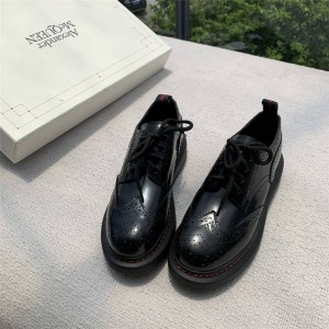 Alexander McQueen Bullock carved Hybrid leather shoes