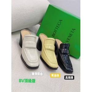 Bottega Veneta BV Crocodile Pattern Mules Block Heel Slippers 651366