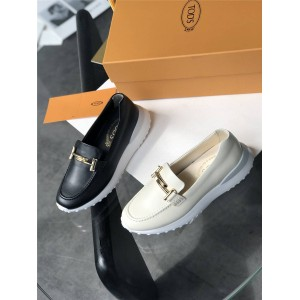 Tod's women's leather double T buckle platform loafers