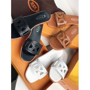 Tod's ladies genuine leather plain twist buckle slippers sandals