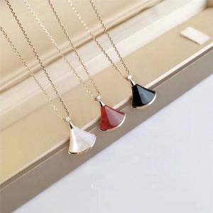 Bvlgari small fan DIVAS' DREAM skirt necklace