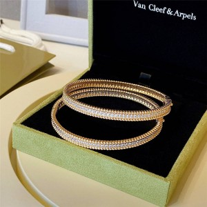 Van Cleef & Arpels VCA new single row Perlée diamond bracelet