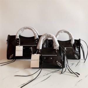 Balenciaga oil wax leather CLASSIC METALLIC EDGE CITY handbag