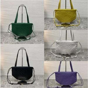 Bottega Veneta BV small THE BULB handbag 651811