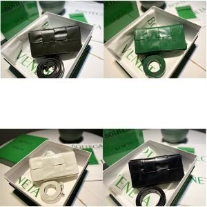 Bottega Veneta BV mini CASSETTE square waist bag chest bag 651053