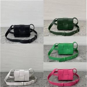 Bottega Veneta BV Men's Mini CASSETTE Crossbody Bag 667048