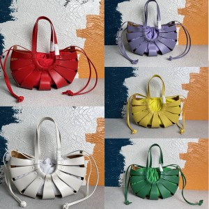 Bottega Veneta BV new THE SHELL handbag 651577