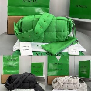 Bottega Veneta bv Cassette nylon pillow bag square bag 628951