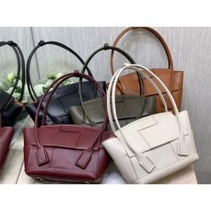 BOTTEGA VENETA BV calf leather ARCO 33 woven bow bag 575943