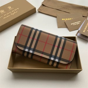 Burberry Women's Vintage Check Leather Long Flap Wallet 40714101
