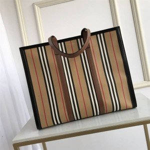 Burberry large striped canvas horizontal tote bag shopping bag 80248271