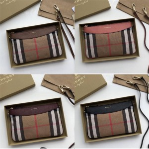 Burberry Vintage Checked Canvas Leather Clutch Bag Crossbody 40560711