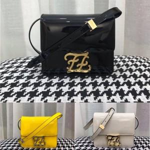 FENDI patent leather KARLIGRAPHY diagonal bag tofu bag 8BT317