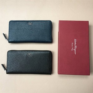 Ferragamo Men's Long Leather Large Zip Wallet 669786/669785