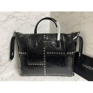 Givenchy official website rivet Antigona Soft handbag