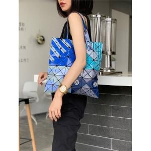 ISSEY MIYAKE new 6 grid BAOBAO ink and color matching diamond handbag