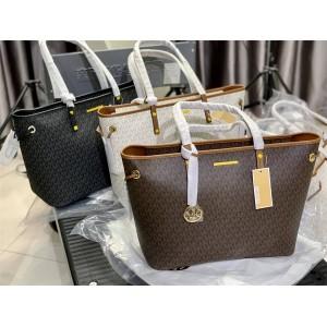Michael Kors mk's new Jet Set Travel tote bag shopping bag