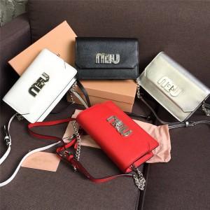 MiuMiu handbag new goatskin LOGO spin buckle diagonal shoulder bag 5BH077