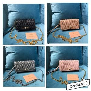 miumiu embossed sheepskin diagonal chain bag wrist bag 5ZH029